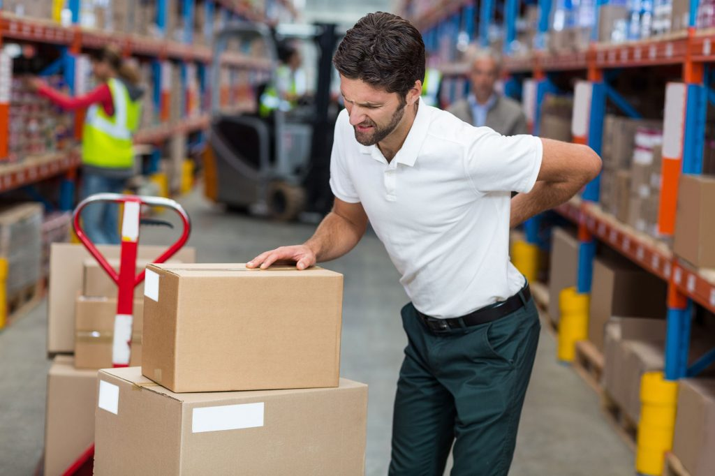 Manual handling accidents and heavy lifting injuries whilst working